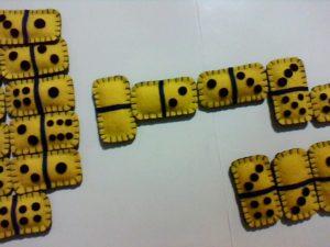 jogo de dominó de feltro