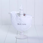 Babador malha luxo bebe menina menino branco personalizado comprar (e)