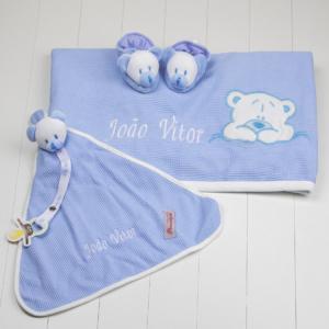 Kit presente para bebê com manta, naninha e pantufa para recem-nascido. Prsente personalizado