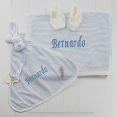 Kit Presente bebê personalizado listrado azul. Presente para bebê menino