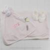 Kit presente para recém-nascido listrado rosa para beb menina com naninha, mata personalizada e pantufas