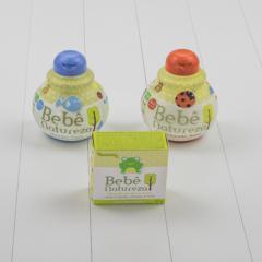 Kit banho para presentear bebes recem-nascidos saindo da maternidade