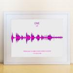 Quadro com a onda sonora da música One do U2 para dar de presente