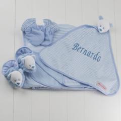Kit presente para bebê recém-nascido menino com naninha, pantufa, luvinha e manta personalizada