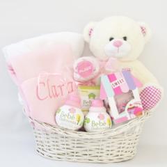 Cesta Bebe nascimento para dar de presente para recem-nascido na maternidade