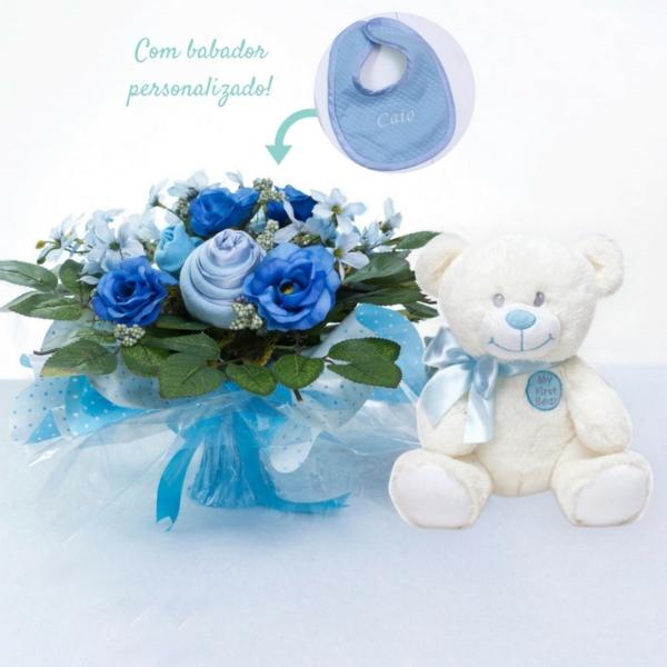 Kit buque maternidade e ursinho neve azul – com babador e texto