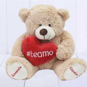 Presente dia dos namorados - ursinho com coração e patas personalizadas