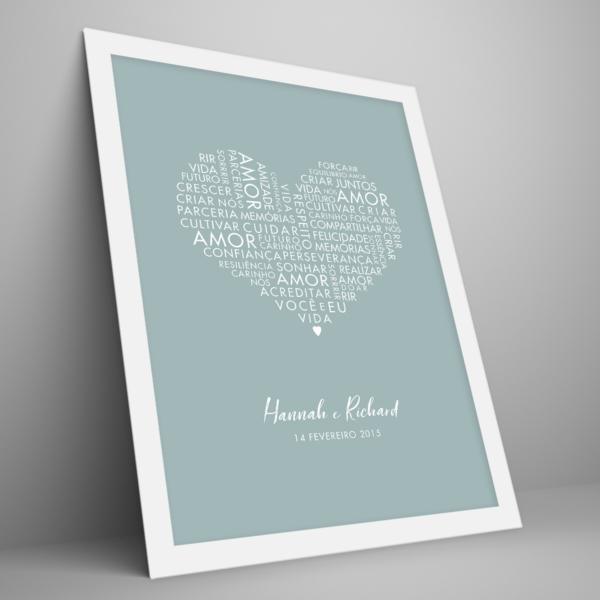 Quadro coração com palavras de amor – moldura branca – enviesado