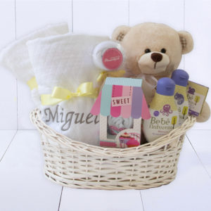 Presente para bebê menino ou menina completo com kit banho tolaha de capuz, manta bebê personalizada e ursinho de pelúcia