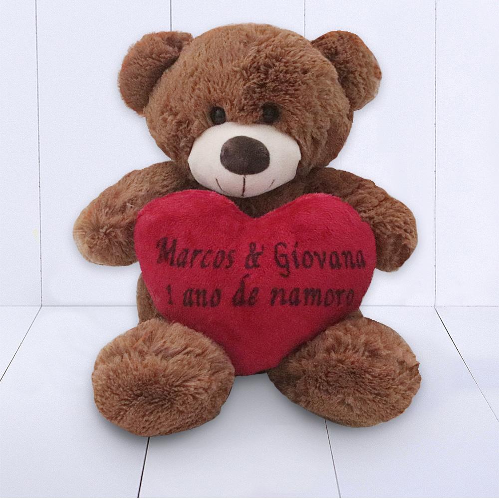 Presente 1 ano de namoro - urso de pelúcia com coração personalizado